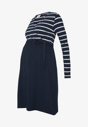 MLMADELLEINE TESS DRESS - Sukienka z dżerseju - navy blazer/snow white