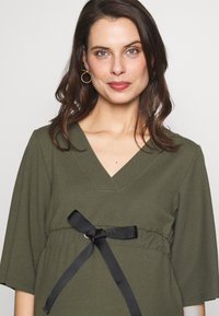 MAMALICIOUS - MLKAYA DRESS - Vestido ligero - dusty olive - 4