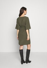 MAMALICIOUS - MLKAYA DRESS - Vestido ligero - dusty olive - 2