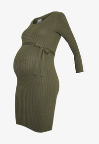 MAMALICIOUS - MLSIGRID BLOCK 3/4 SHORT DRESS - Sukienka dzianinowa - dusty olive/(snow white) - 3