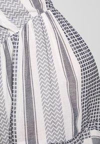MAMALICIOUS - MLEVIA 3/4 SHORT DRESS - Sukienka letnia - snow white/navy blazer - 5