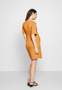 MAMALICIOUS - MLELENA TESS DRESS - Vestido ligero - nugget - 2