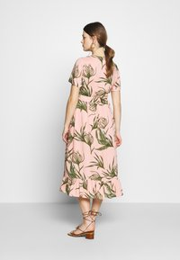 MAMALICIOUS - MLDARLING LIA DRESS - Vestido informal - mellow rose - 2