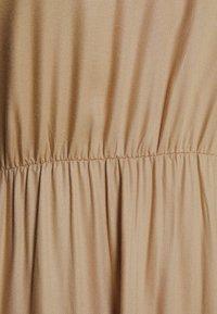 MAMALICIOUS - MLSAFIRA DRESS - Vestido informal - sesame - 2