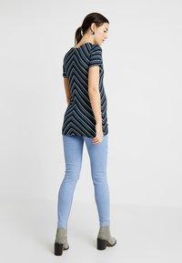 MAMALICIOUS - MLMARIA  - T-shirt con stampa - dark blue - 2