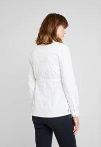 MAMALICIOUS - MLKAJA WOVEN - Overhemdblouse - bright white - 2