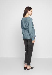 MAMALICIOUS - MLVERONIKA WOVEN  - Button-down blouse - ashley blue - 2