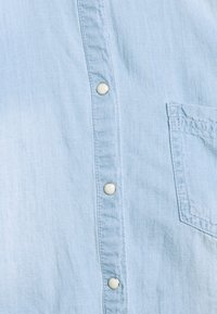 MAMALICIOUS - MLHAYLE CROPPED - Camisa - light blue denim - 2