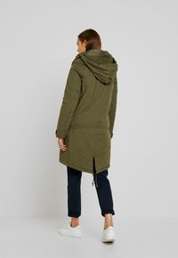 MAMALICIOUS - NEW TIKKA PADDED JACKET - Parka - olive night - 5