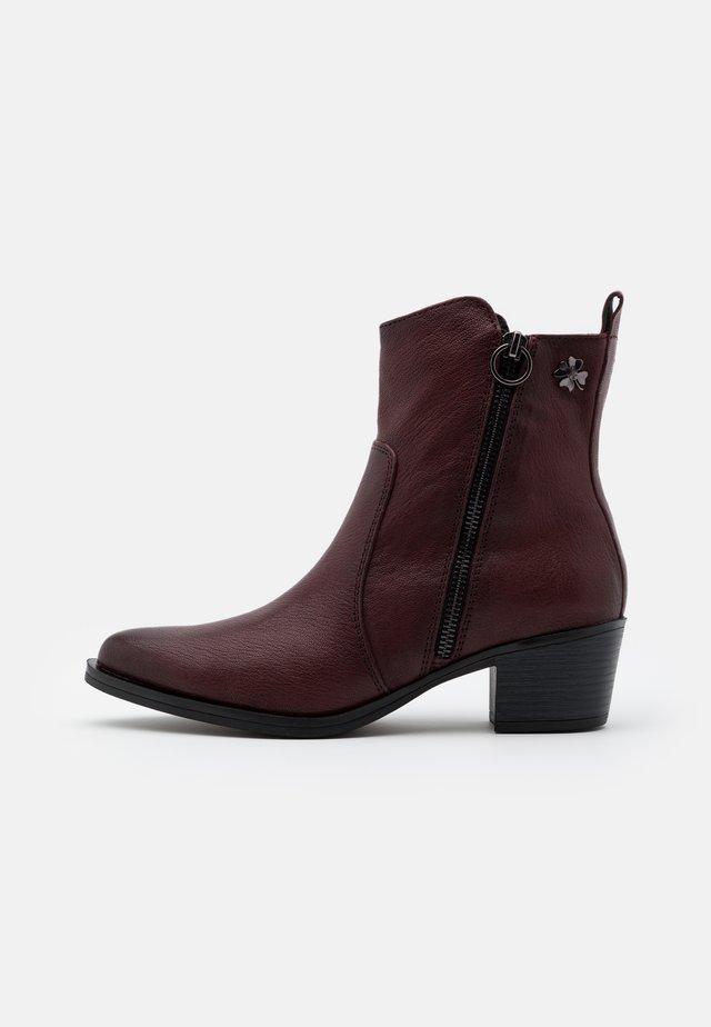 BOOTS - Cowboy/biker ankle boot - bordeaux