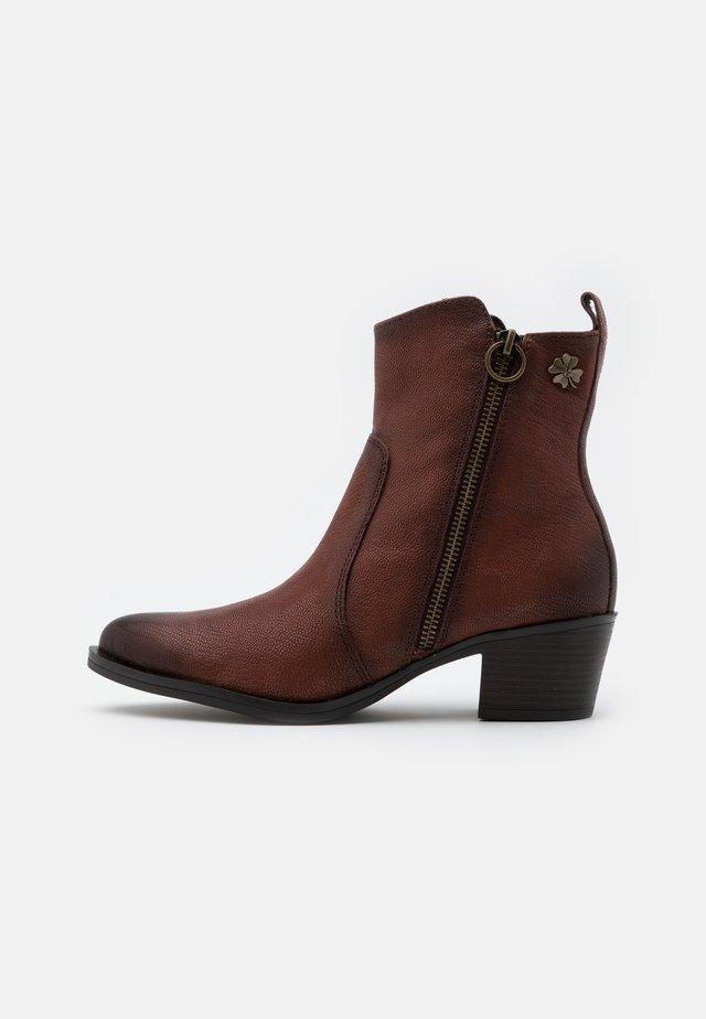 BOOTS - Cowboy/biker ankle boot - muscat antic