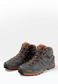 Mammut - ALNASCA PRO MID GTX® MEN - Obuwie hikingowe - graphite/zion - 2