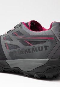 Mammut - SAENTIS  - Hiking shoes - black/titanium - 5