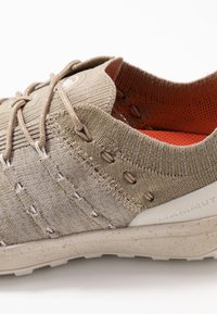 Mammut - HUECO LOW WOMEN - Bergschoenen - safari/moonbean - 5