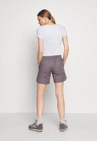 Mammut - CAMIE SHORTS WOMEN - Sports shorts - shark - 2