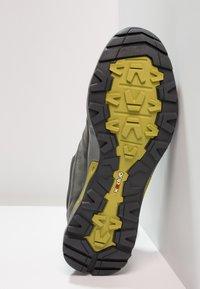 Mammut - CONVEY LOW GTX - Zapatillas de senderismo - graphite/dark citron - 4