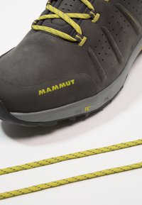 Mammut - CONVEY LOW GTX - Chaussures de marche - graphite/dark citron - 5