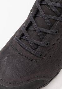 Mammut - ALVRA - Hiking shoes - phantom/titanium - 5