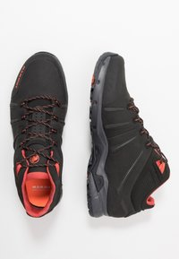 Mammut - CONVEY MID GTX MEN - Obuwie hikingowe - black/pepper - 1