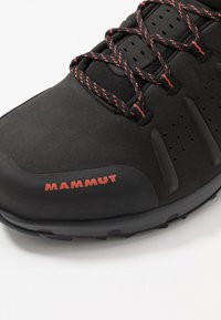 Mammut - CONVEY MID GTX MEN - Obuwie hikingowe - black/pepper - 5