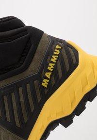 Mammut - ALNASCA PRO II MID GTX MEN - Obuwie hikingowe - tin/black - 5