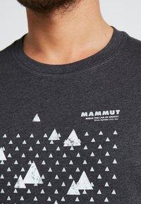 Mammut - SLOPER  - T-shirt con stampa - black melange - 5