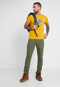 Mammut - T-shirt print - golden - 1