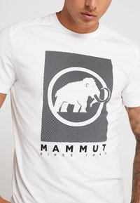 Mammut - TROVAT - T-shirts med print - bright white - 4