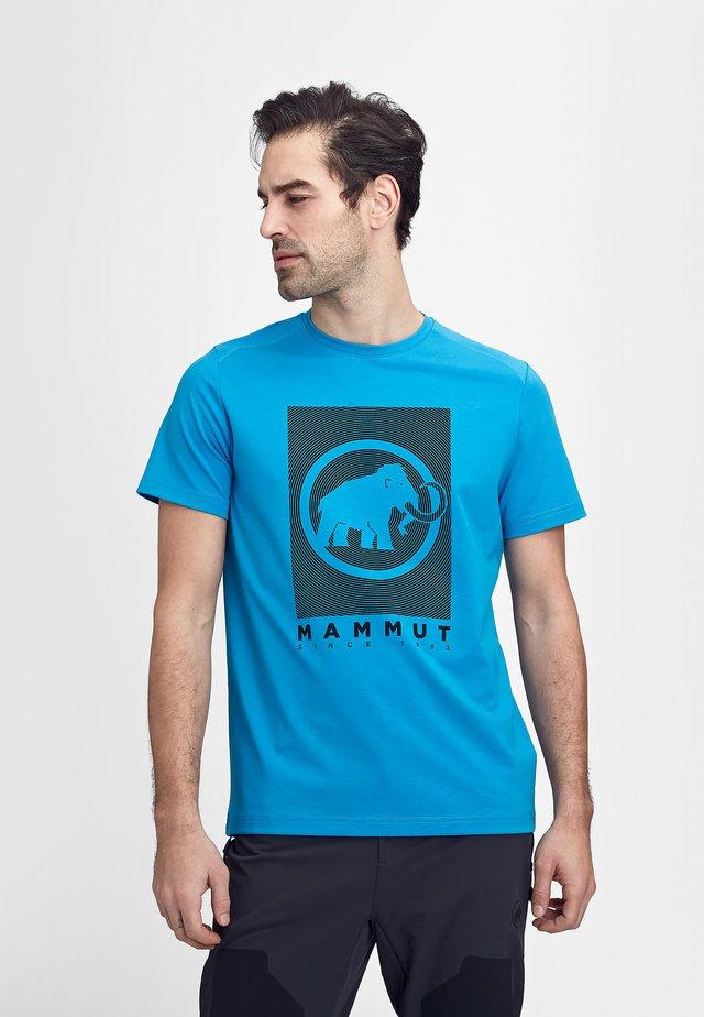 TROVAT - T-shirt z nadrukiem - gentian prt2