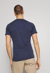 Mammut - AEGILITY  - T-shirt z nadrukiem - marine melange - 2
