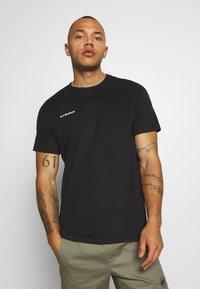 Mammut - MASSONE - Print T-shirt - black - 0