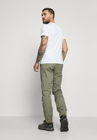Mammut - CAMIE PANTS MEN - Tygbyxor - tin - 2