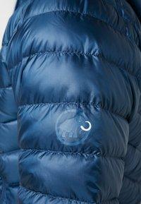 Mammut - BROAD PEAK IN HOODED - Gewatteerde jas - wing teal/sapphire - 8