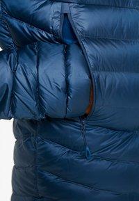 Mammut - BROAD PEAK IN HOODED - Gewatteerde jas - wing teal/sapphire - 5