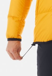 Mammut - WHITEHORN IN JACKET MEN - Kurtka puchowa - gold/black - 2