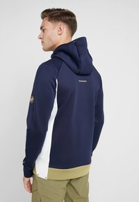 Mammut - AVERS HOODED JACKET MEN - Kurtka z polaru - peacoat/boa