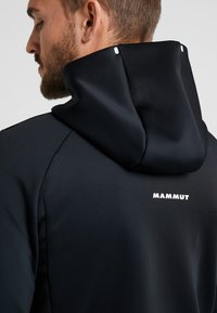 Mammut - AVERS HOODED JACKET MEN - Kurtka z polaru - black - 4
