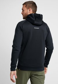 Mammut - AVERS HOODED JACKET MEN - Kurtka z polaru - black - 2
