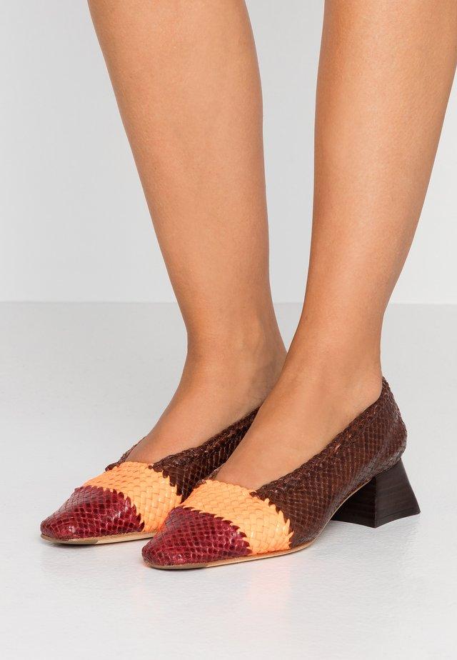 EIVISSA - Classic heels - brown