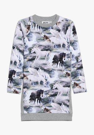 CAMIRA - Žerzejové šaty - mottled grey
