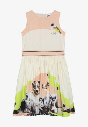 CARLI - Denní šaty - australian shepherd