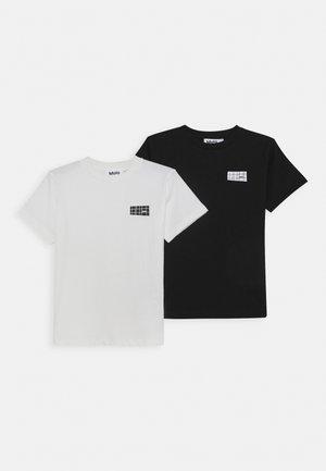 RASMUS 2 PACK - Basic T-shirt - white star