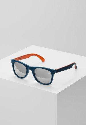 SMILE - Sunglasses - blue dive