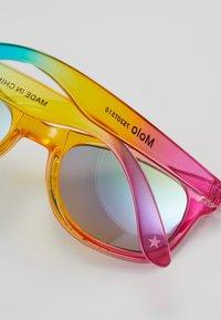Molo - STAR - Solbriller - rainbow magic - 2