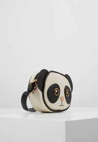 Molo - PANDA BAG - Across body bag - black/white - 4