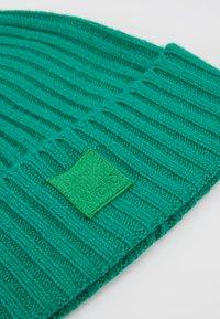 Molo - KARLI - Beanie - total green - 2