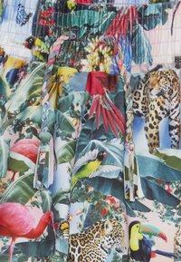 Molo - NICCI - Badeshorts - multicolor - 3