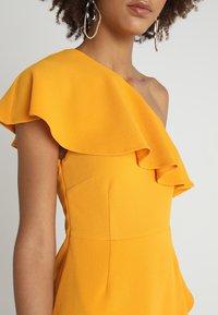 MINKPINK - PONTE DRESS - Sukienka z dżerseju - mango - 4