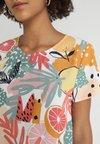 MINKPINK - SPRING CITRUS PRINT TEE DRESS - Freizeitkleid - multi