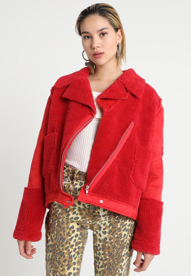 MINKPINK - ALISSA SHERPA - Light jacket - red